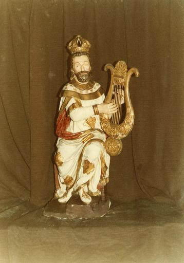 Groupe sculpté : la Nativité ou crèche, roi David