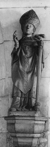Statue : saint Evêque, terre cuite