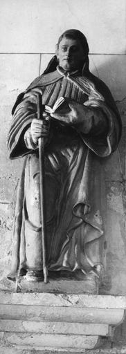 Statue : un diacre, terre cuite