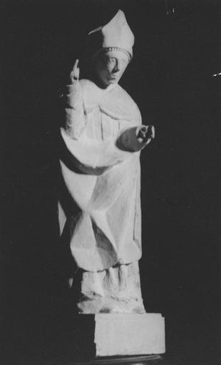 Statue : saint évêque bénissant, bois