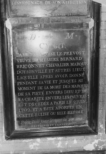 Dalle funéraire de Françoise le Prévost (morte en 1702), marbre