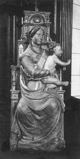 Statue : Vierge à l'Enfant assise, de face
