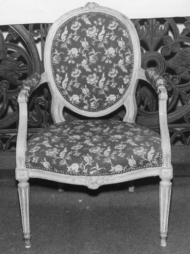 Fauteuil (fauteuil à la d'Artois), style Louis XVI