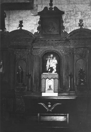 Retable de l'autel latéral