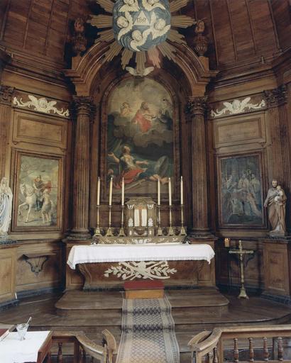 Autel et retable avec les tableaux figurant l'histoire de saint Martin