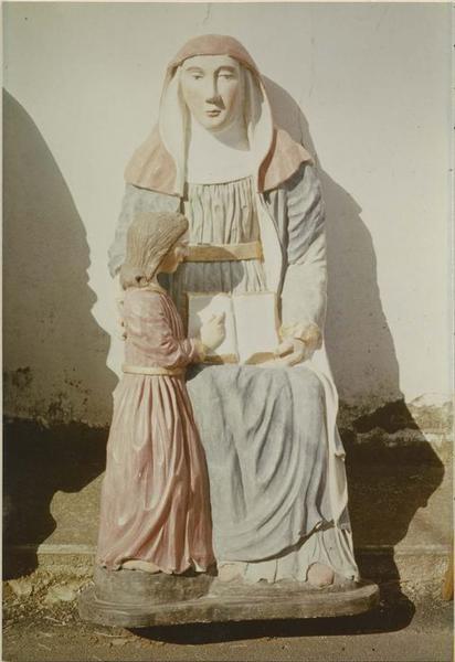 Groupe sculpté: sainte Anne et le Vierge, vue générale