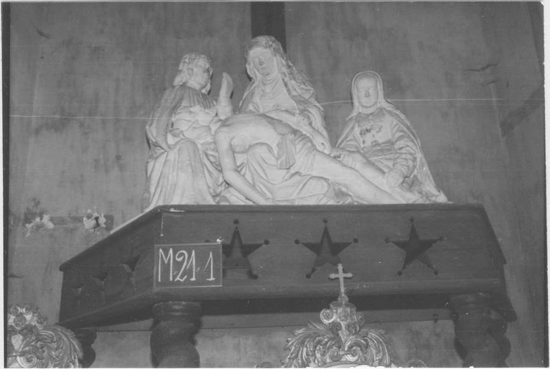 Groupe sculpté: Descente de croix, vue générale