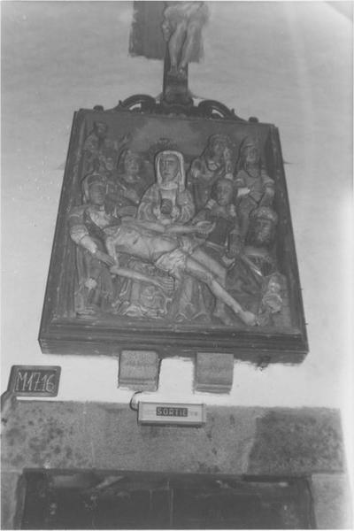 haut-relief : La Mise au tombeau