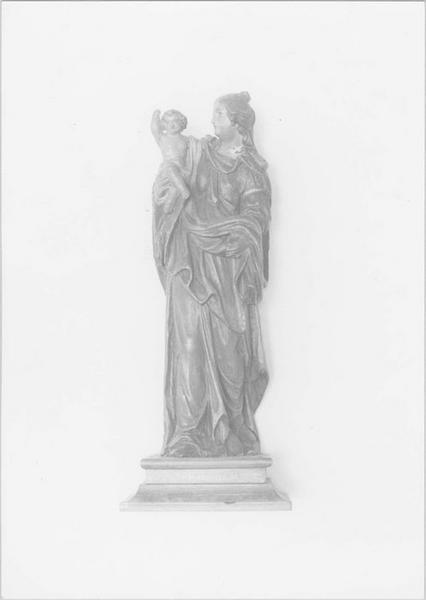 statue : Vierge à l'enfant dite Vierge de Calais, vue générale