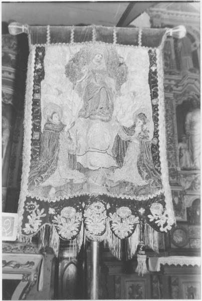 Tableau de broderie (bannière) : Le Rosaire, Saint Pol Aurélien