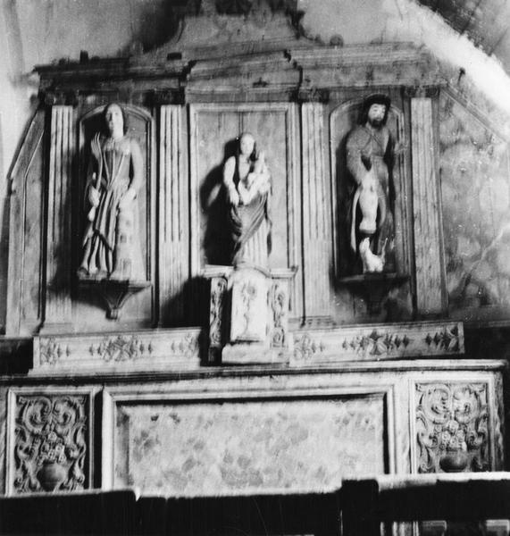 Statues : Vierge à l'Enfant, Sainte Barbe, Saint Roch, vue générale
