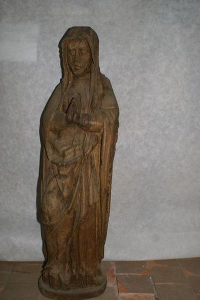 statue : Vierge au Calvaire, vue générale