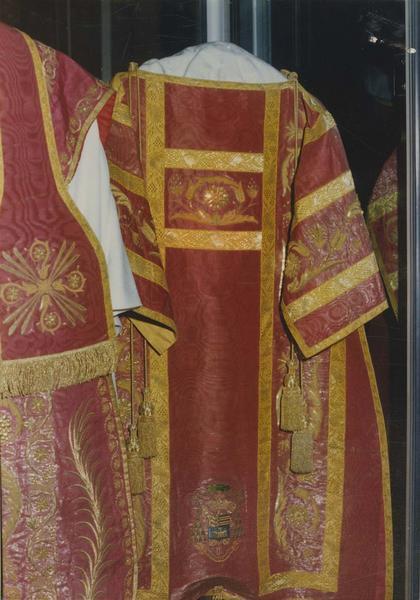 dalmatique de Monseigneur Casanelli d'Istria, vue générale