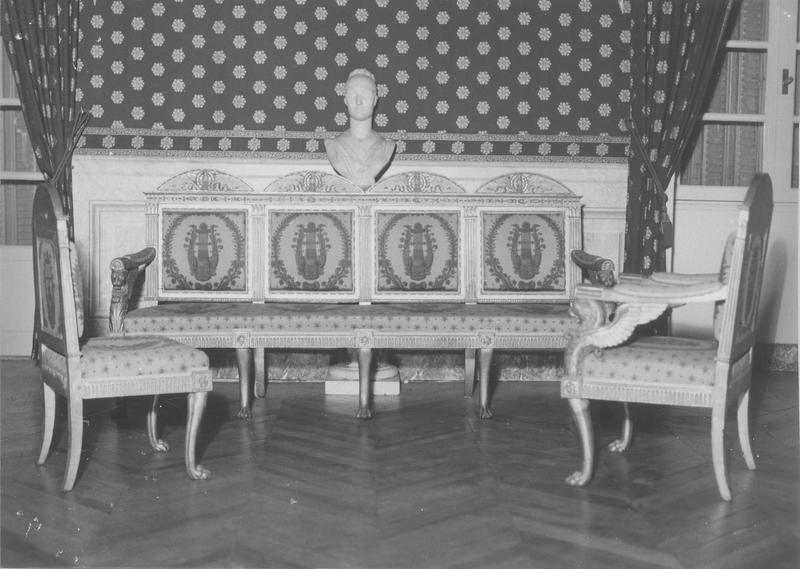 banquette, fauteuil, chaise, style Empire, vue générale