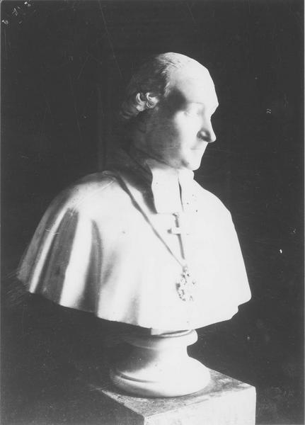 buste : cardinal Fesch, vue générale