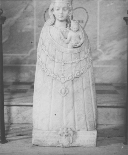 statue : Vierge à l'Enfant, dite Notre-Dame du Rosaire, vue générale