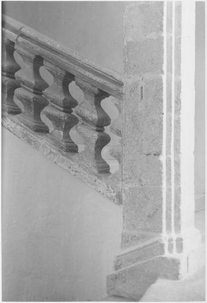 Escalier monumental, palier du 1er étage, détail