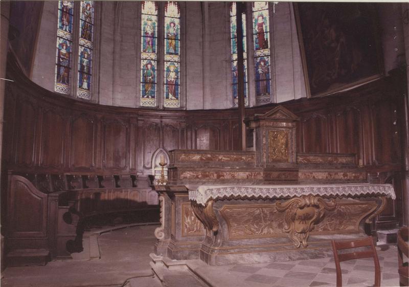 autel, 2 gradins et tabernacle (maître-autel), vue générale