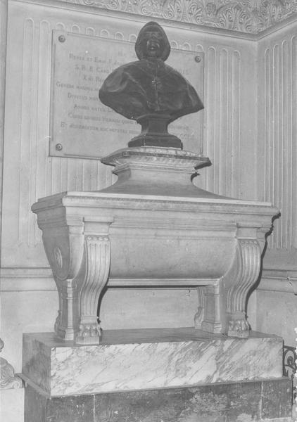 Tombeau, du cardinal de Bernis