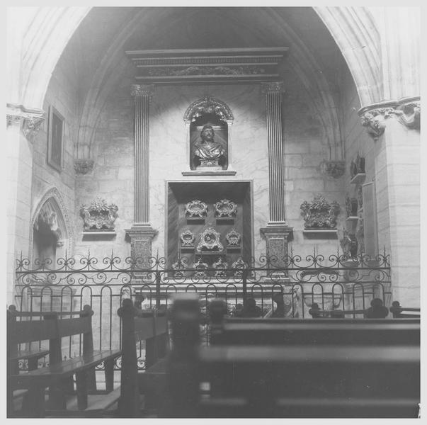 Reliquaire (17), croix-reliquaire