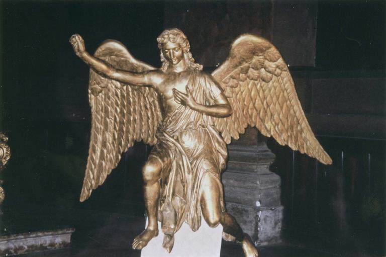Deux statues d'anges