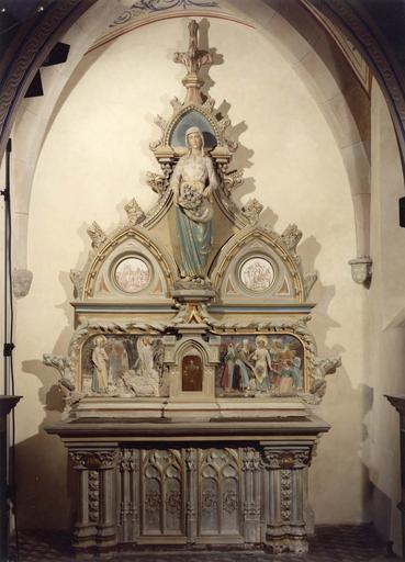 Autel, tabernacle, retable, statue de Sainte-Germaine