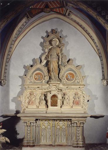 Autel, tabernacle, retable, statue de Saint-Joseph