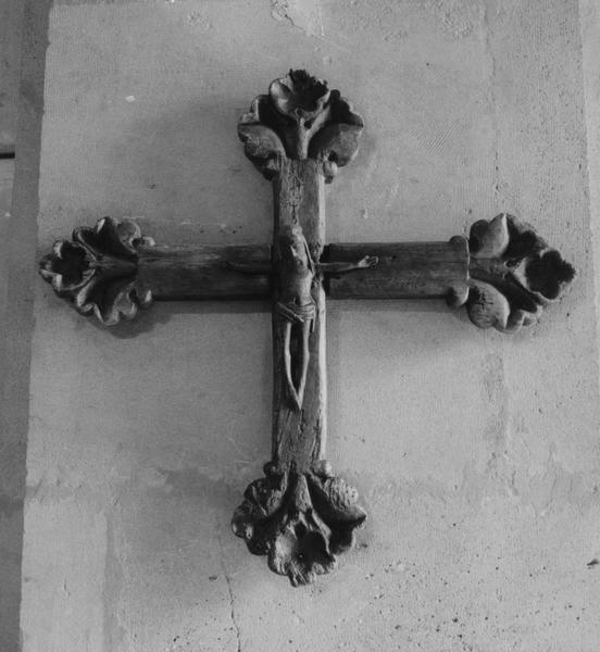 statue (statuette), croix : Christ en croix