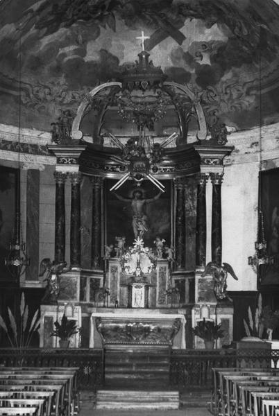 autel, tabernacle, baldaquin, deux statues (maître-autel)