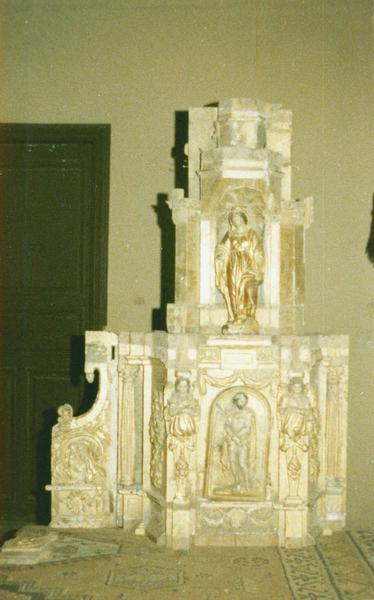 tabernacle, statue : Vierge