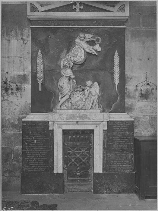 Tombeau d'Antoine Megret d'Etigny, intendant de la généralité d'Auch