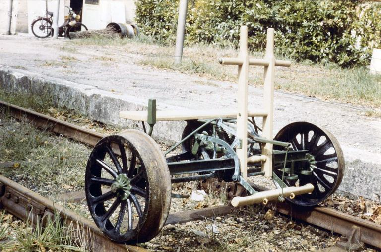 Tricycle ferroviaire