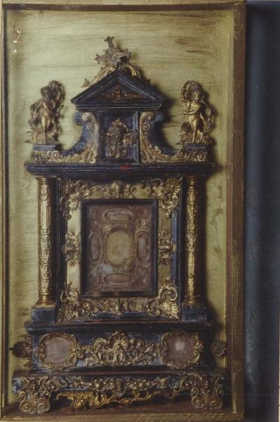2 retables-reliquaires dits de sainte Véronique, saint Vincent, sainte Marie et saint Nicolas