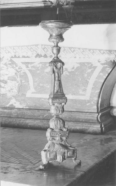 chandelier d'autel (garniture d'autel), vue générale