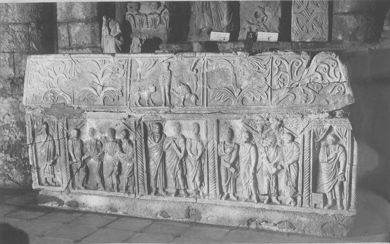 Sarcophage dit des soeurs de Saint-Guilhem