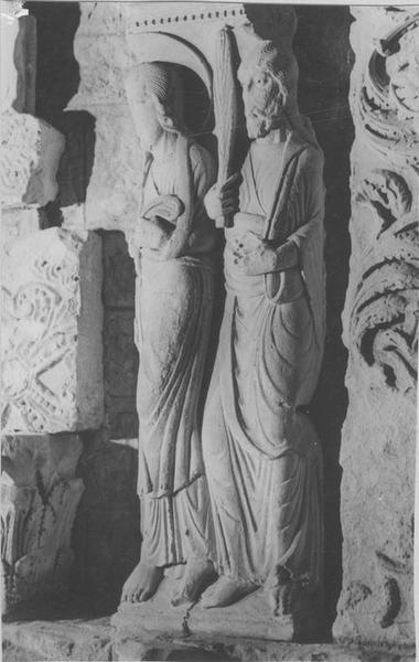 2 hauts-reliefs : Apôtres