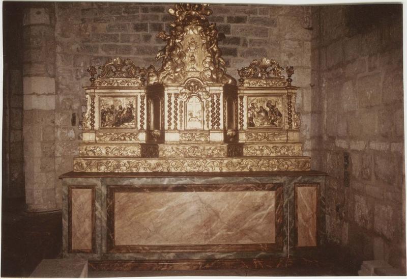 Retable, statues, tabernacle, exposition, gradins d'autel, vue générale