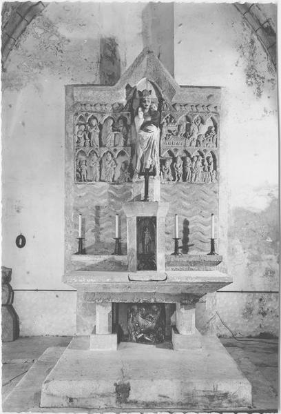 Retable, bas-relief, statue : Enfance du Christ (l'), Vierge à l'Enfant (la), vue générale