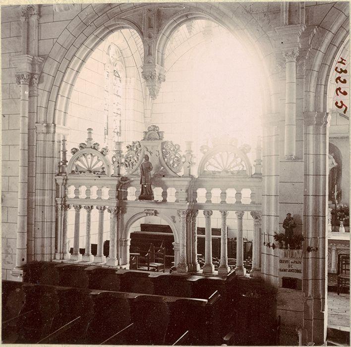 Clôture de la chapelle dite d'Anjou