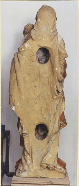 Statue: Vierge à l'Enfant, revers, vue générale