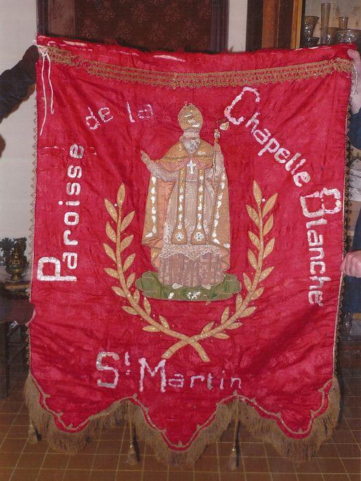 Bannière rouge et blanche de Saint-Martin