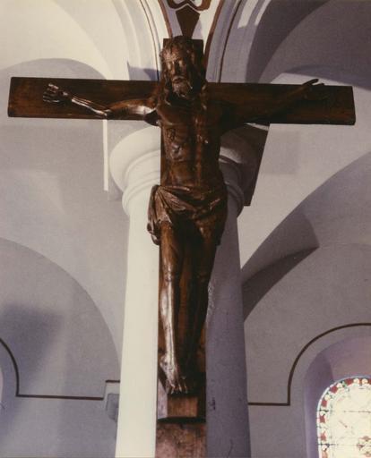 Statue : Christ en croix, bois