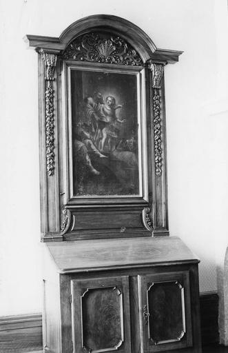 Buffet, bois et tableau : Saint Pierre sortant de sa prison, guidé par un ange