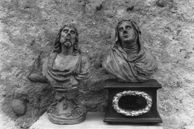 2 bustes : Vierge (la), saint Jean-Baptiste