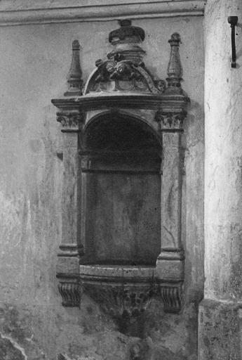 Piscine baptismale, pierre