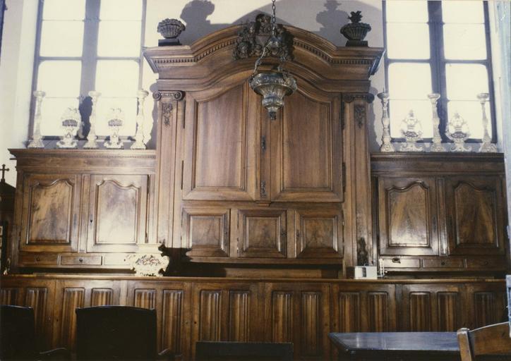 armoire de sacristie, noyer