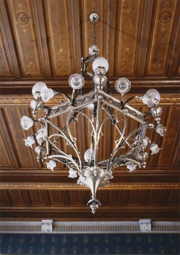 Mobilier de la 1ère chambre du tribunal de grande Instance : lustre, 1890-1897