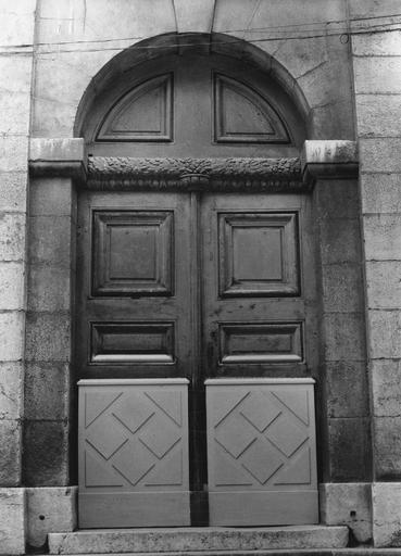 Vantaux de la porte latérale