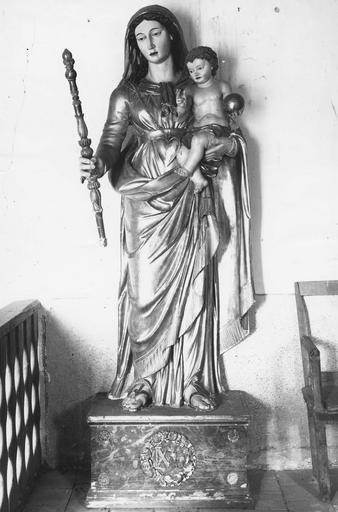 Statue : Vierge à l'Enfant, bois polychrome, en partie doré