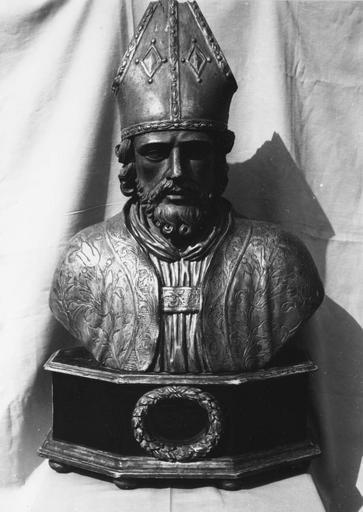 Buste-reliquaire de saint Didier, évêque, bois sculpté, argenté, en partie doré